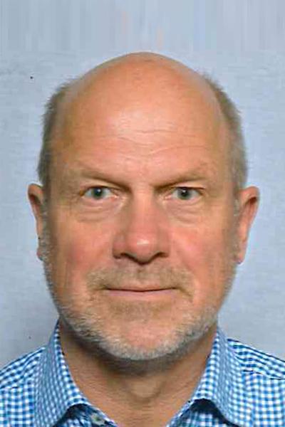 Peters, Dr. Uwe